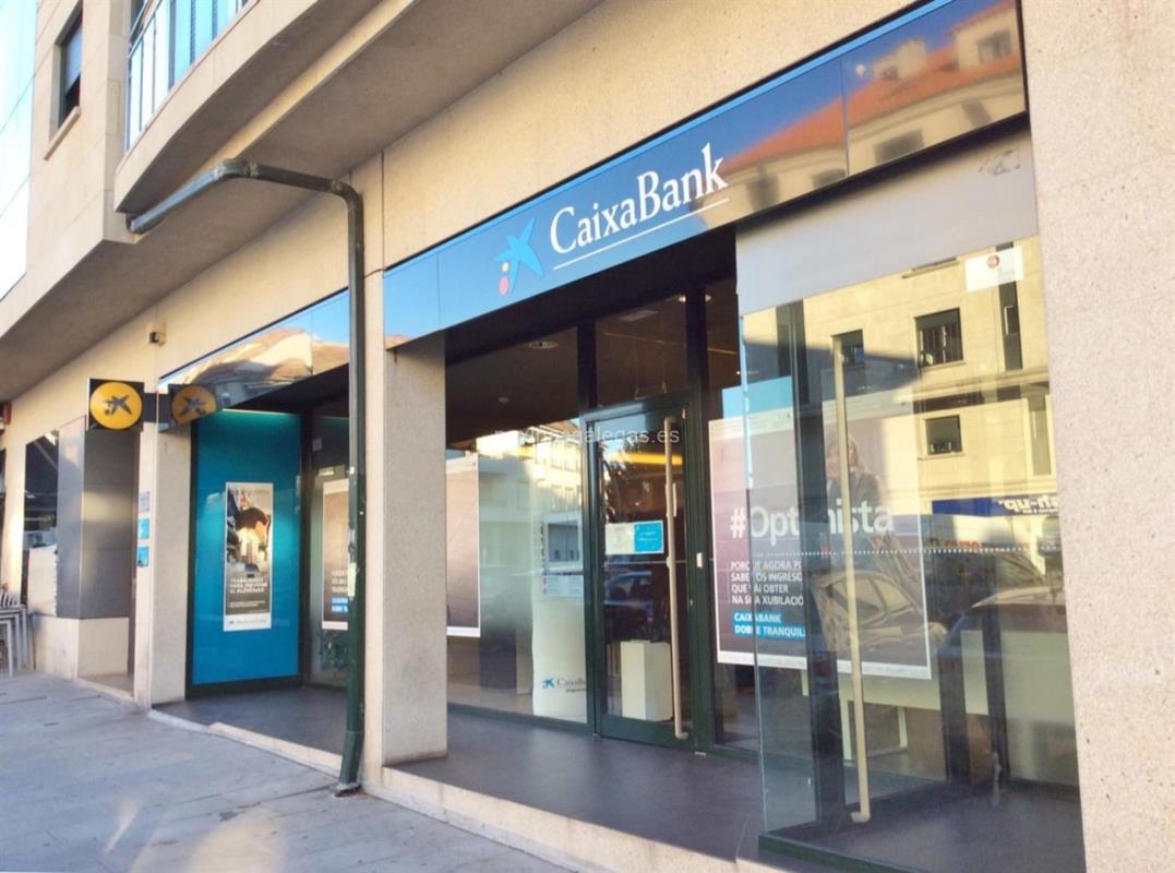 añadir titular a una cuenta bancaria La Caixa